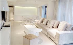 SanlitunSOHO,3+1Br. 260sqm RMB36000-Beijing Apartment for Rent