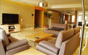 Palm Springs,4Br. 370sqm RMB60000-Beijing Apartment for Rent